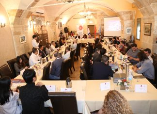"""""""פוד-טק"""" בעכו: בכירי תעשיית המזון מסין הגיעו לטעום מסורת בעכו וללמוד על טכנולוגיות חדשניות בתחום המזון וחומרי הגלם"""