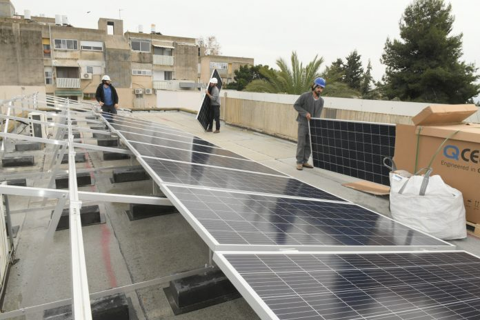 פאנלים סולאריים בנצרת עילית