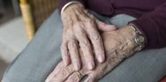 התמודדות בני משפחה מטפלים באזרחים ותיקים