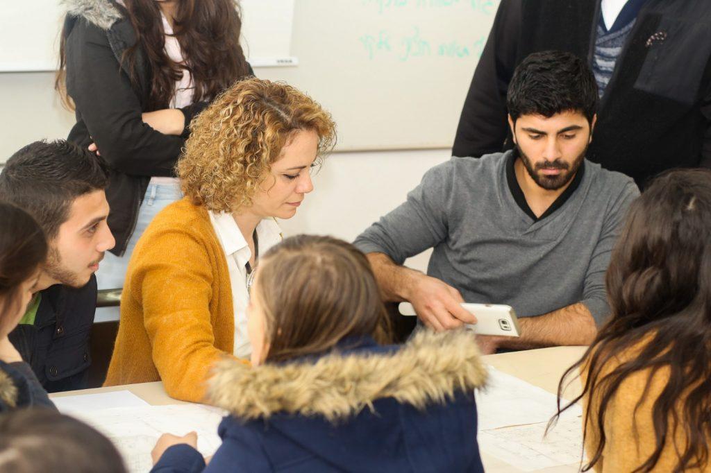 סטודנטים למען הקהילה.