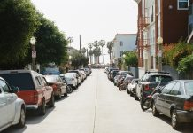 לא תותר חניית משאיות ואוטובוסים בסמוך לאזור מגורים