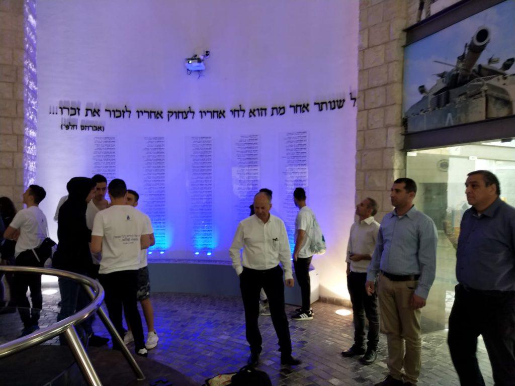 """'מיזם הזיכרון' לזכר חללי צה""""ל מציין עשור"""