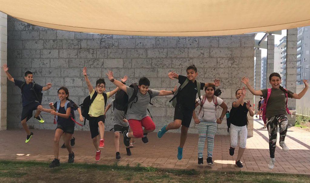 ילדי עפולה יוצאים לחופש הגדול