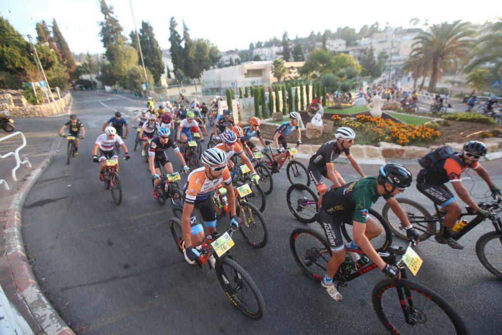 'מגדל אפיק ישראל' 2019 יוצא לדרך עם 600 רוכבים