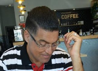 נאיל זועבי מנהל בית ספר, איש חינוך רודף שלום ואוהב אדם.