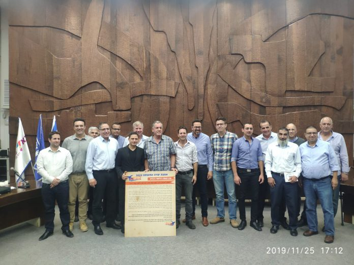 תמיכה של 24 רשויות בנמל התעופה בנבטים
