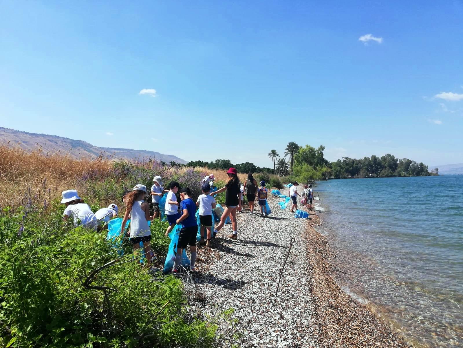 הסתיים בהצלחה פרויקט ללימוד הסביבה וניקיון חופי הכינרת