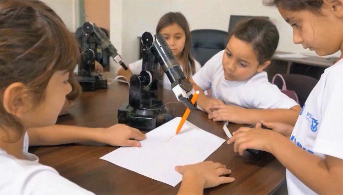 לימודי רובוטיקה וחלל בגני חובה בעפולה