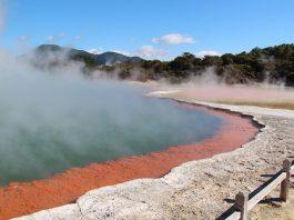 אתרי מים מעניינים לטיול בניו זילנד ששווה להכיר!